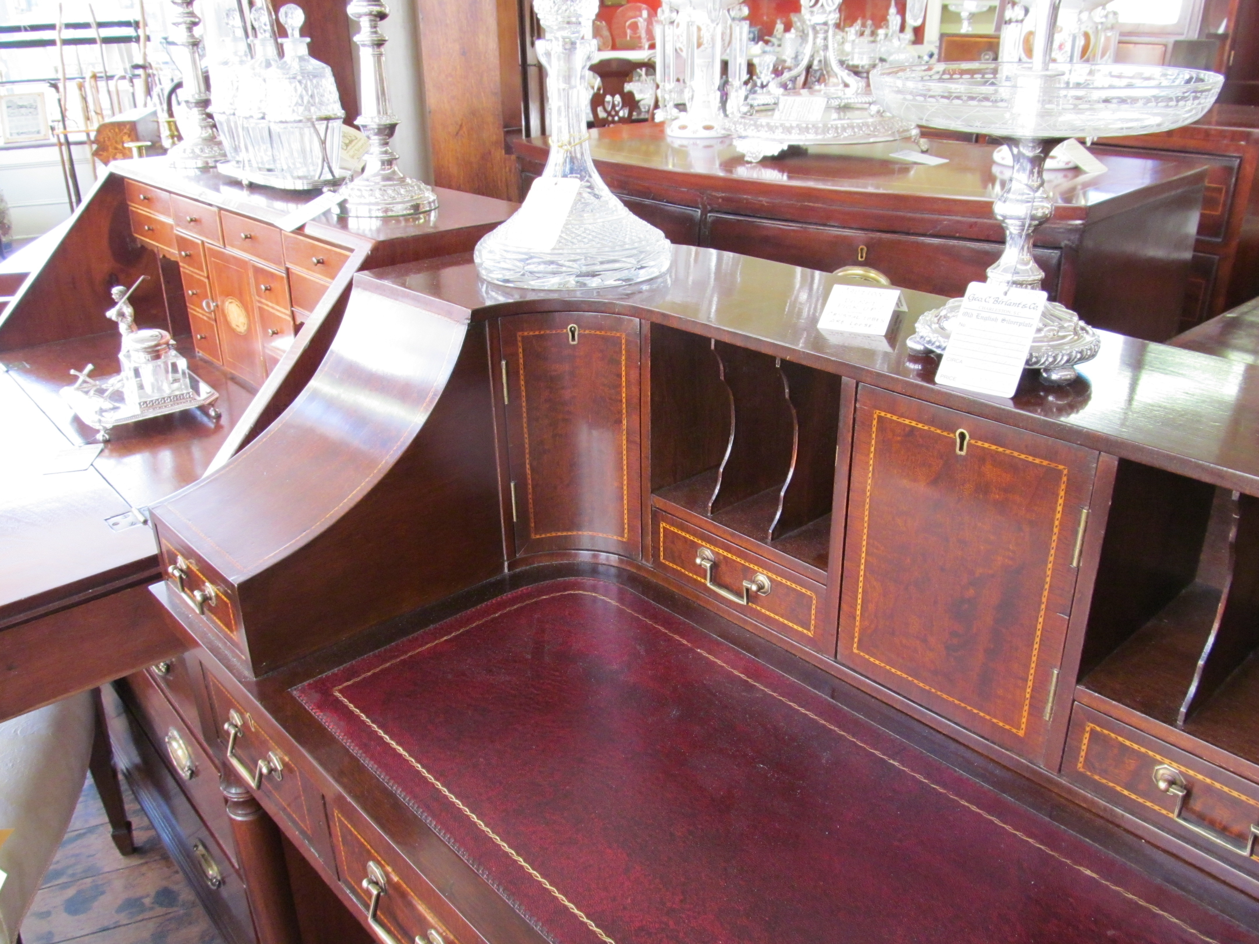 Old english inlaid solid mahogany sheraton style carlton for What is sheraton style furniture